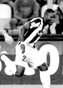 Kwadwo+Asamoah+Juventus+v+Parma+FC+Serie+TjxN837PQXUl